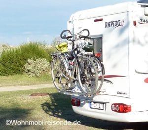Wohnmobil und Fahrrad - Heckträger